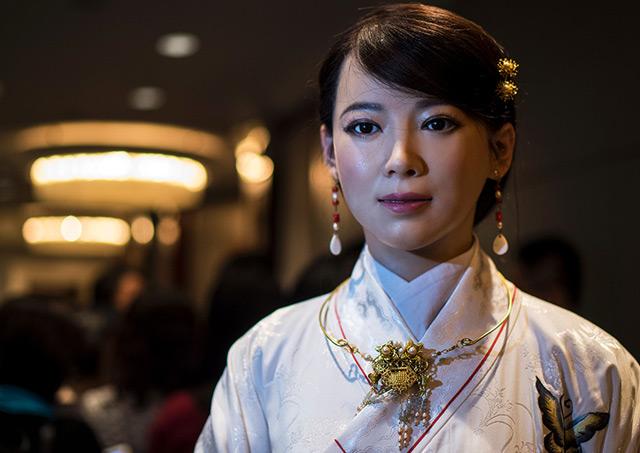 Humanoid Roboter Jia Jia, der im Jänner 2017 auf einer Konferenz in Shanghai präsentiert wurde