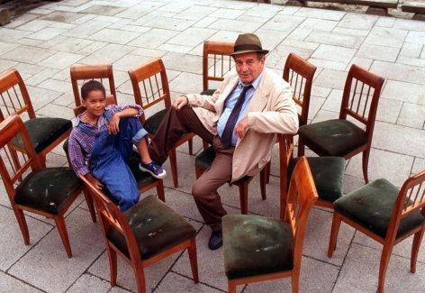 Mein Opa und die 13 Stühle    Originaltitel: Mein Opa und die 13 Stühle (AUT 1996), Regie: Helmuth Lohner