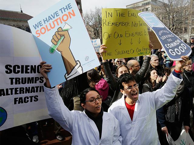 Proteste von Wissenschaftlern gegen Trump in Boston