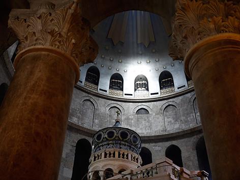 Die Kuppel der Grabeskapelle in Jerusalem