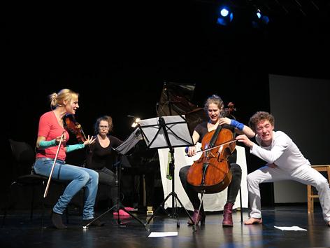 """Kindermusiktheater """"In um drumherum"""" zu Gast beim Osterfestival Imago Dei"""