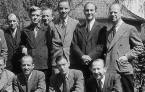 US-Journalisten am 2. Juni 1942 in Bad Nauheim, kurz bevor sie Deutschland verlassen mussten. Stehend ganz rechts: Louis Paul Lochner