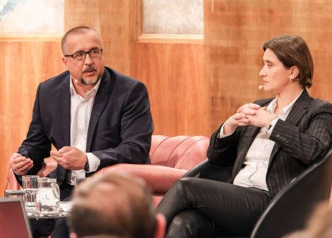 DialogForum  Fakten: Relativ, alternativ, diskursiv?