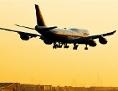 Eine Boeing 747 der Lufthans im Landeanflug