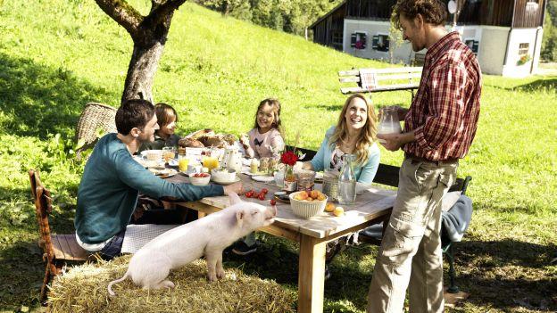 Familienfrühstück im Grünen - Ja! Natürlich