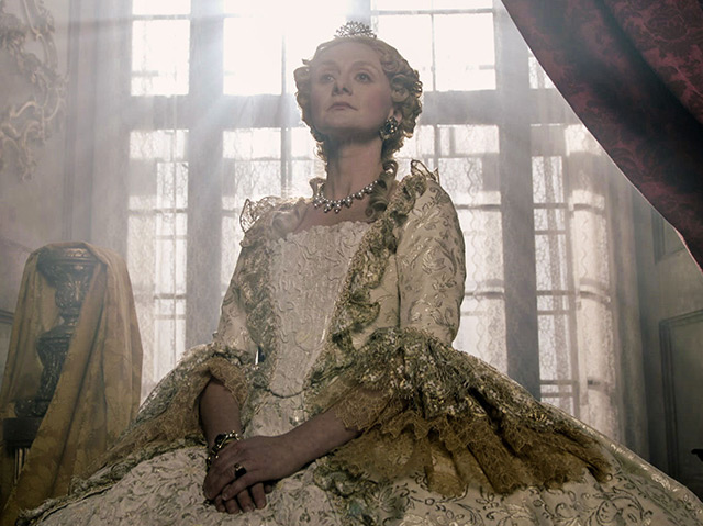 Die Schauspielerin Gerti Drassl als Maria Theresia