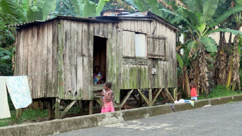 Im Brennpunkt  São Tomé und Príncipe: Ausverkauf eines Inselstaats