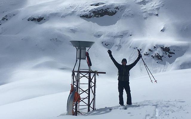 Messung der Schneehöhe auf dem Stubacher Sonnblickkees