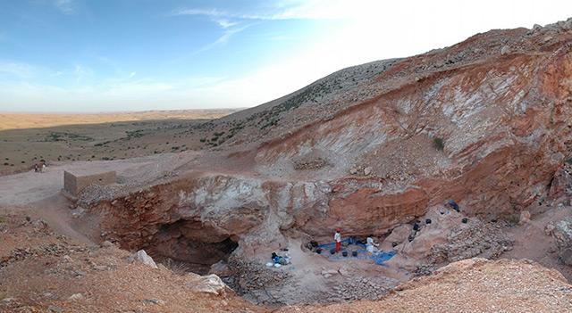 Archäologische Fundstelle: Die Höhle von Djebel Irhoud