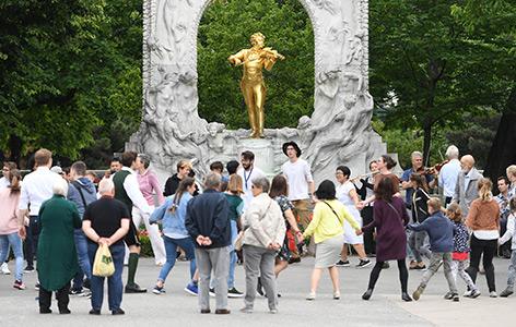"""Teilnehmer an den """"Klangketten"""" in Wien"""