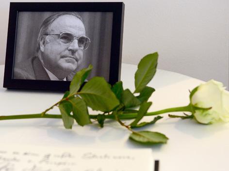 Kondolenzbuch Helmut Kohl