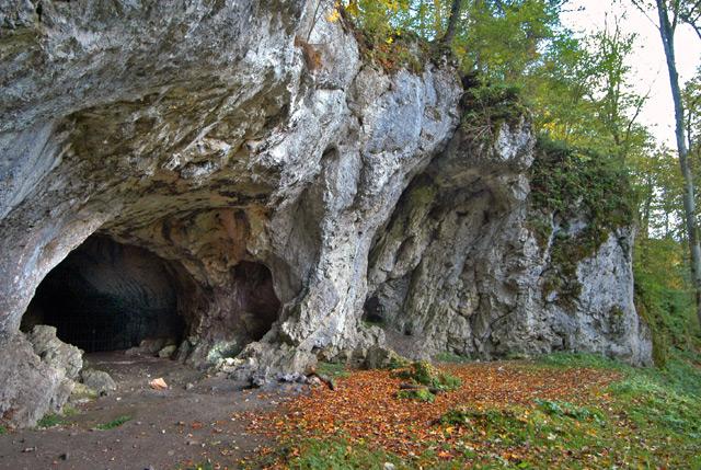 Hohlenstein-Stadel, Fundort des Neandertaler-Knochens