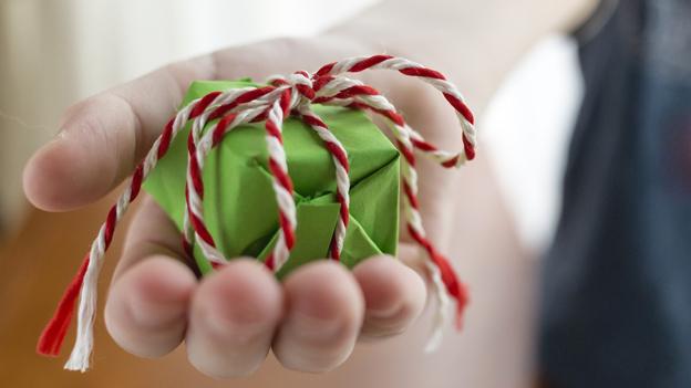 Geschenk schenken