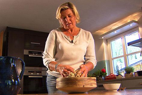 Christine Resch in ihrer Küche
