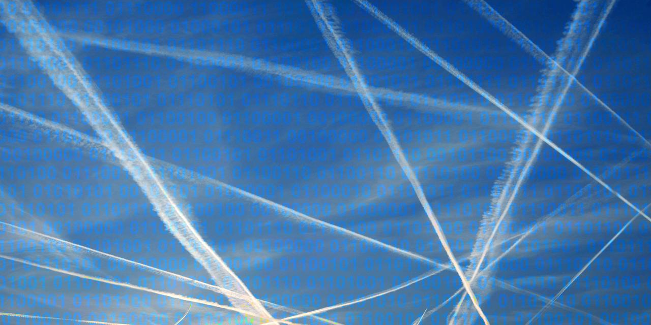 Himmel mit Kondensstreifen und Binärcode