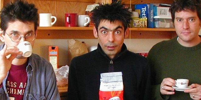 Shellac beim Kaffeetrinken