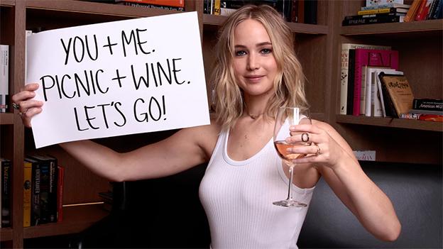 Weintrinken mit Jennifer Lawrence für den guten Zweck