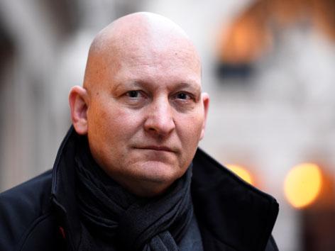 Der Schweizer Autor Daniel Pittet, der den  jahrelangen Missbrauch durch einen Kapuzinerpater in einem Buch verarbeitet hat