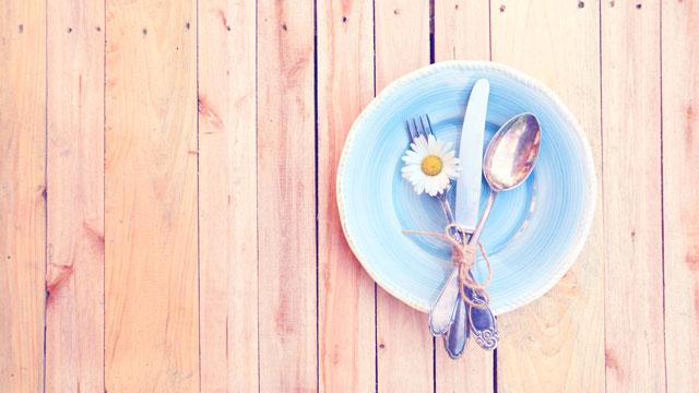 Sommerliches Tischgedeck
