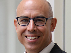 Porträtfoto des Ökonomen Gabriel Felbermayr