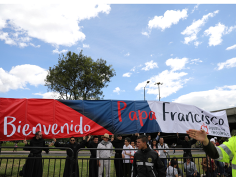 Bogota Papst Begrüßung