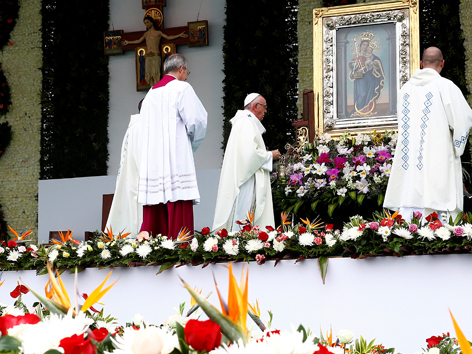 Papst Messe Medellin