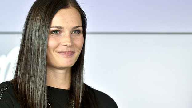 Anna Veith lächelt