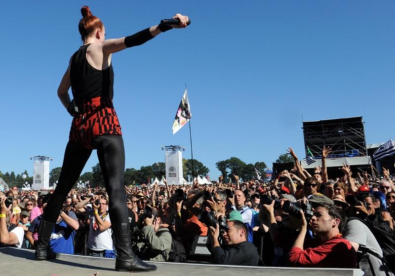 Shirley manson auf der Bühne 2012