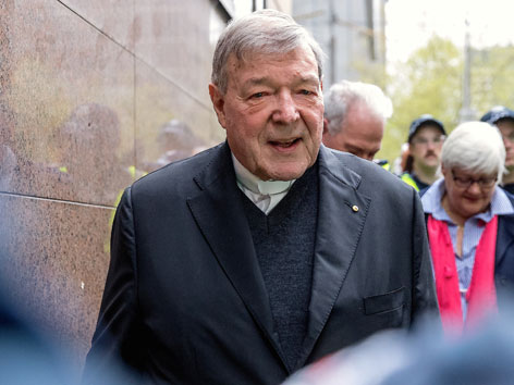 Missbrauchsvorwürfe: Proteste gegen Kardinal Pell bei Gerichtstermin in Melbourne