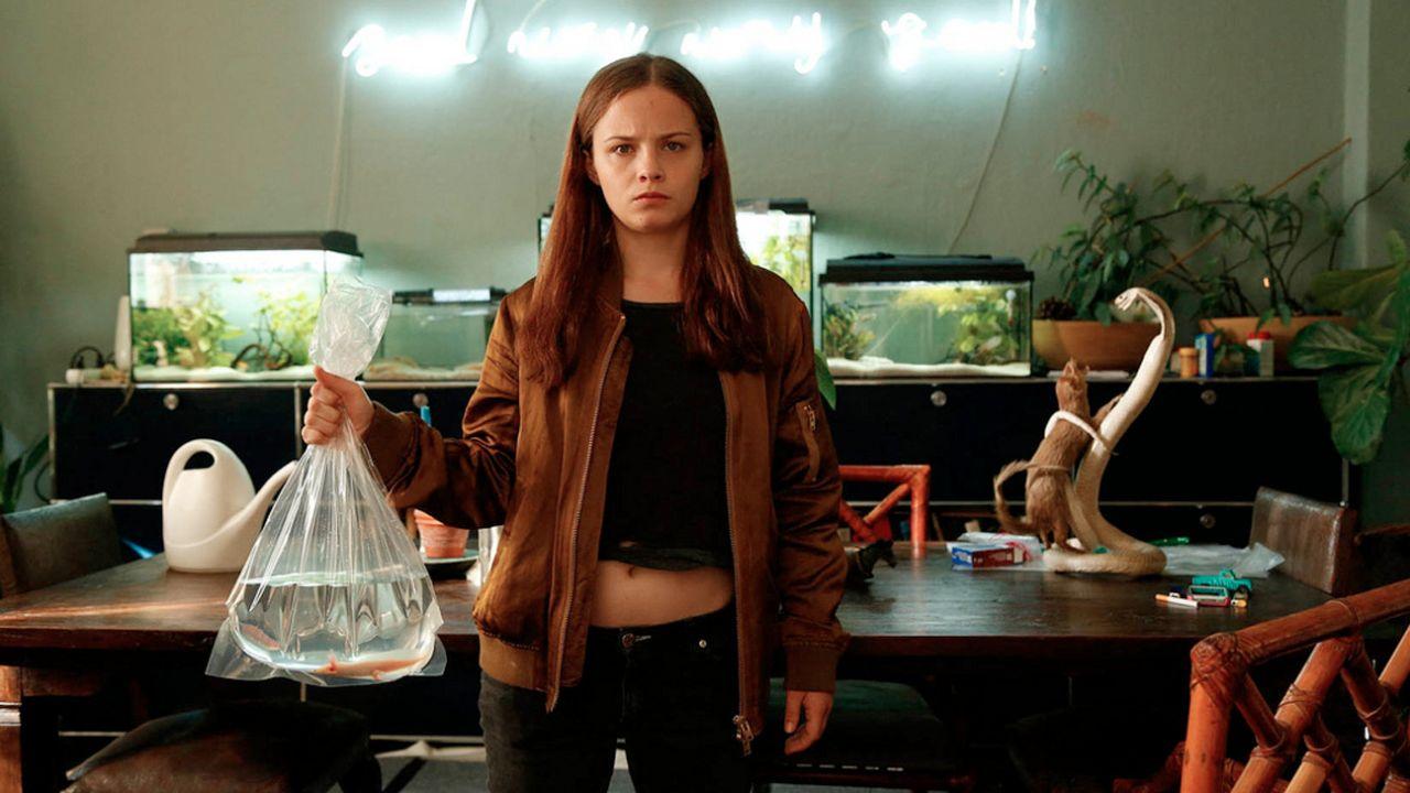 "Jasna Frizti Bauer in ""Axolotl Overkill"""