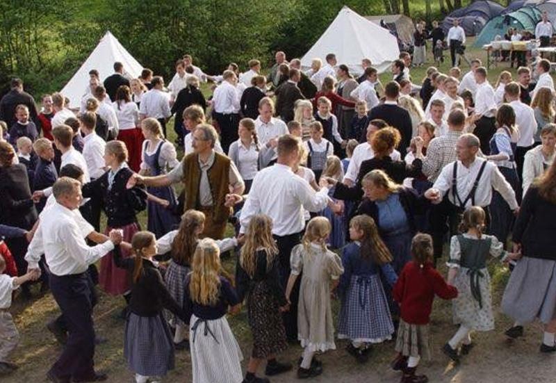 Ein Dorffest unter Rechtsextremen