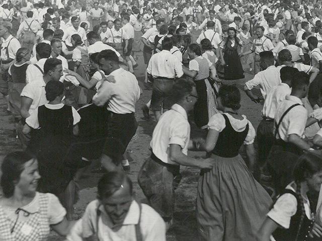 Volkstanzfest, Perchtoldsdorf, 1934