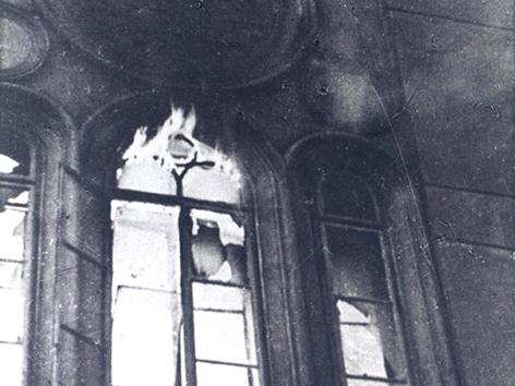 Brennende Synagoge, Wien 2, Große Schiffgasse 8