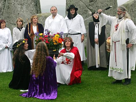 Samhain-Feier bei Stonehenge in Südengland