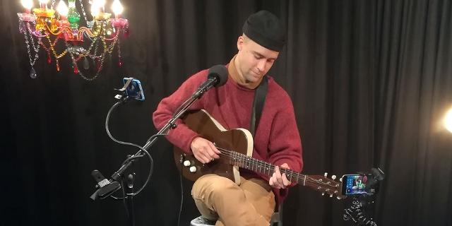 Haux bei der FM4 Acoustic Sessoin