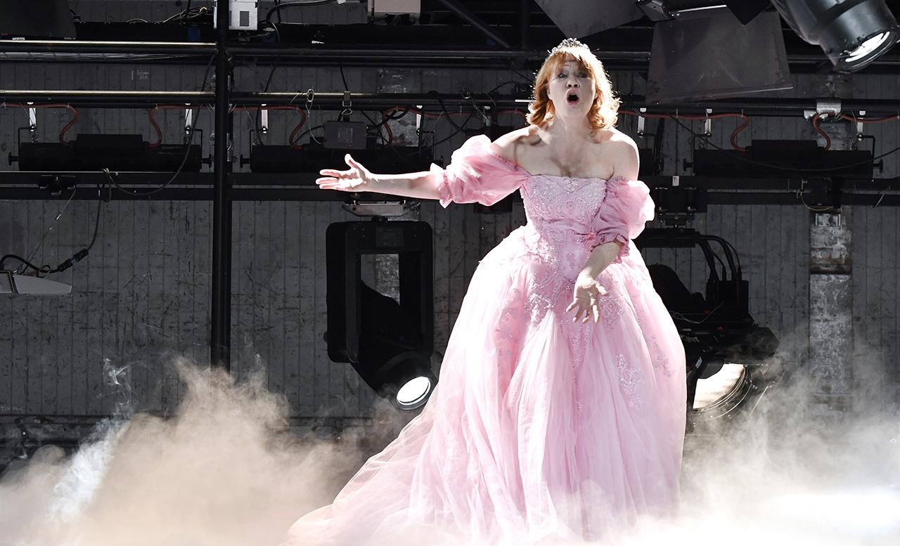 Birgit Minichmayr bei einer Probe im Burgtheater
