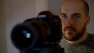 Ö3-Internet-Redakteur Walter Dunger bei der Arbeit