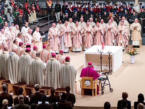 Bischofsweihe von Hermann Gletter in Innsbruck