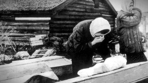 Die Blockade von Leningrad    Originaltitel: The Siege of Leningrad