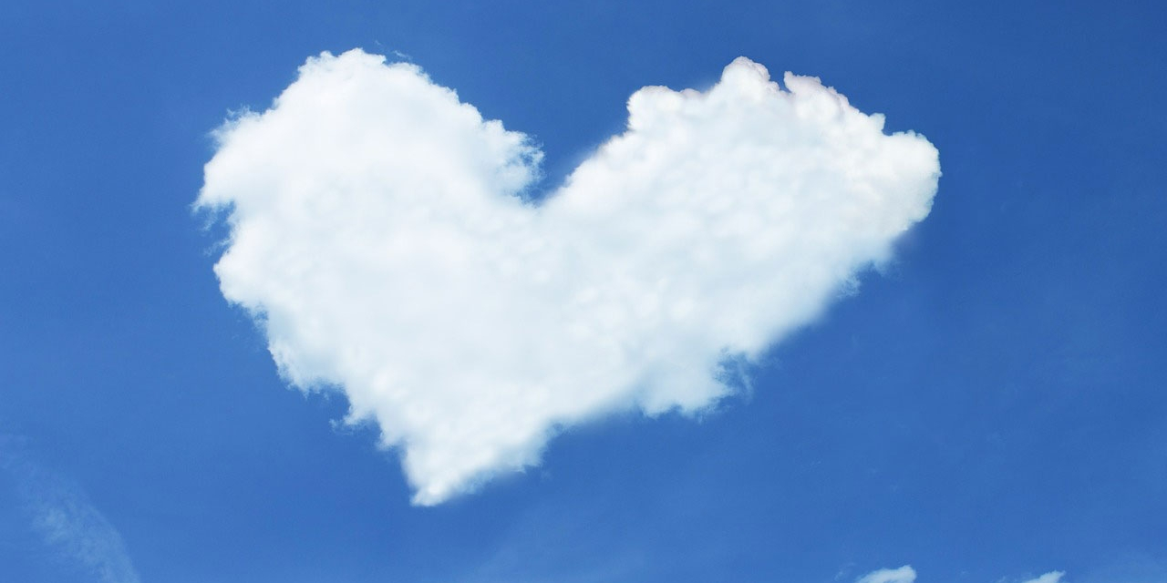 Wolke in Form eines Herzens