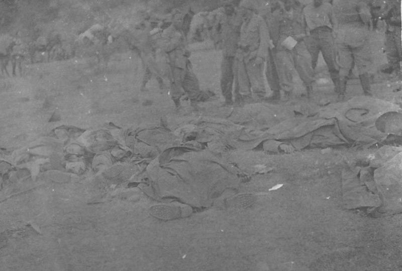 Die Wirklichkeit des Krieges: in einem Gefecht gefallene italienische Soldaten