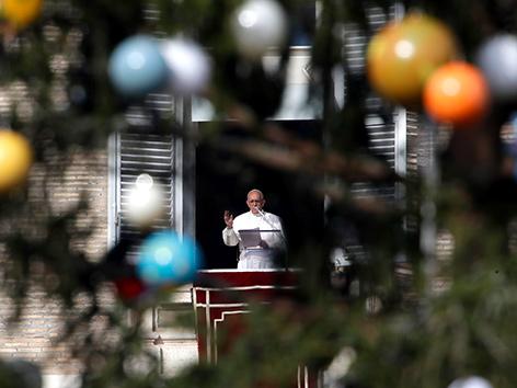 Papst Franziskus beim Angelus-Gebet zum ersten Adventsonntag