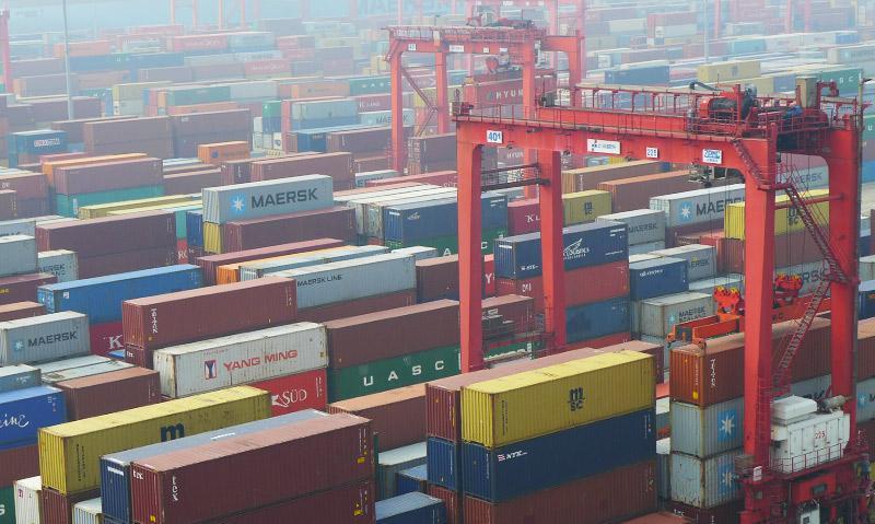 Container im Hafen Yangshan, Shanghai