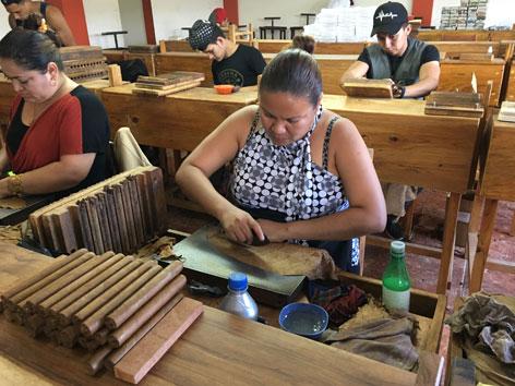 Nicaragua FEM Göttinnen Frauen Zigarrenfabrik Esteli