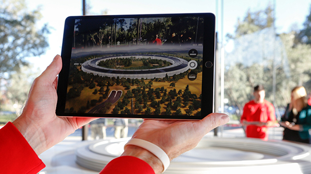 Augmented Reality Demonstration im Apple Park Visitor Center
