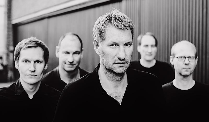 Die Band Kettcar in schwarz-weiß