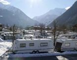 Skizirkus Tirol - Urlaub zwischen Luxus und Low Budget