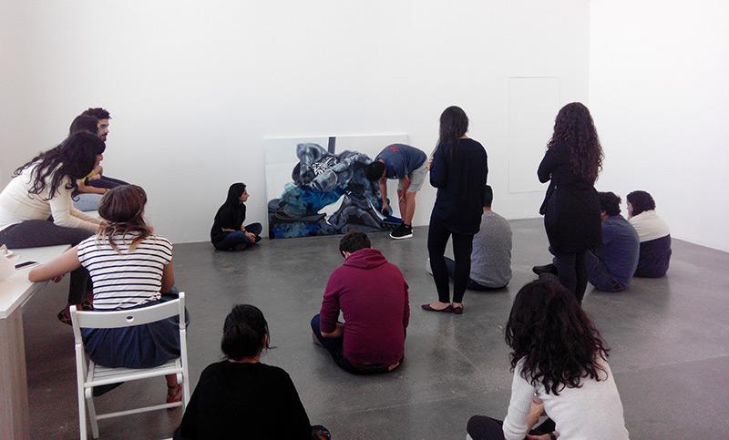 Kunststudenten im Atelier