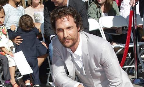 Matthew McConaughey mit seinem Stern auf dem Walk of Fame.