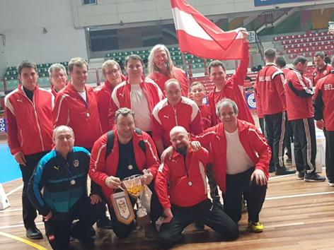 Die österreichische Priester Fußball-Nationalmannschaft belegte Platz sechs bei der EM 2018 in Italien